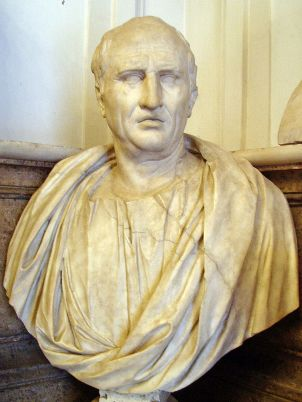 800px-Cicero_-_Musei_Capitolini