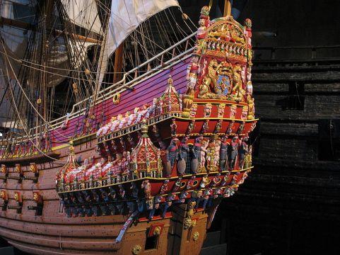 800px-Vasa_stern_color_model.jpg