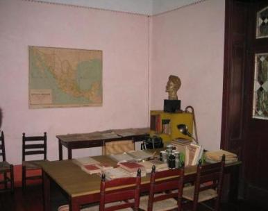 Trotsky_last_office.jpg